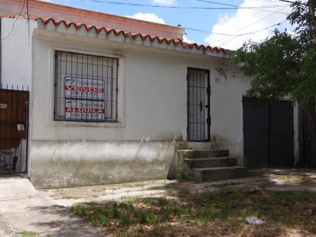 Casa 3 A 4 Dorm, 130 M2, Antonio Zubillaga 518 Esq. Real