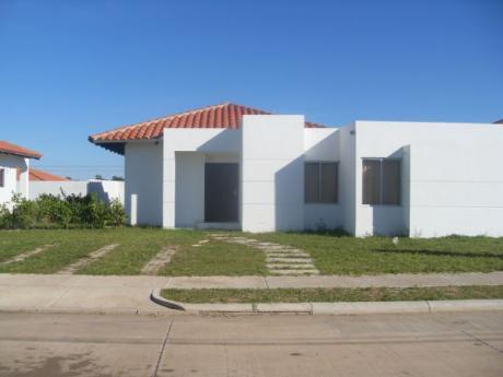 Linda Casa En Condominio Santa Cruz De La Colina