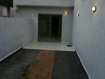 Casa Tipo Chalet De 2 Dormitorios Zona Municipalidad De Lambaré