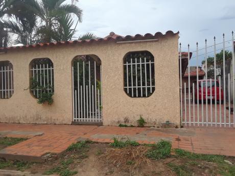 Casa En Anticretico Semi Independiente