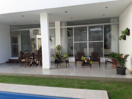 Bella Casa En Condominio Vendo Amoblada Y Equipada