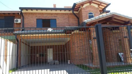 Vendo Casa A Estrenar En Barrio Herrera