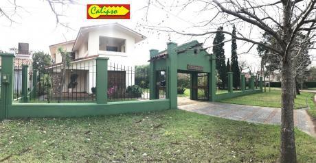 Casa - 5 Dormitorios - Atlantida - Inmobiliaria Calipso