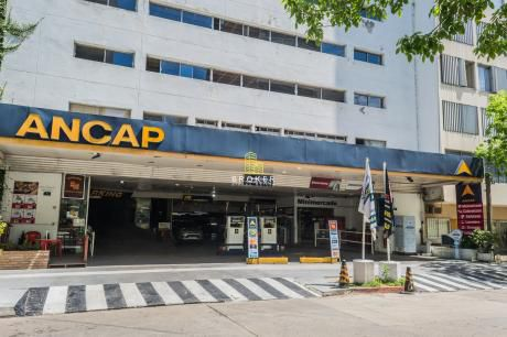 Parking 119 Autos + Estación De Servicio + Minimarket
