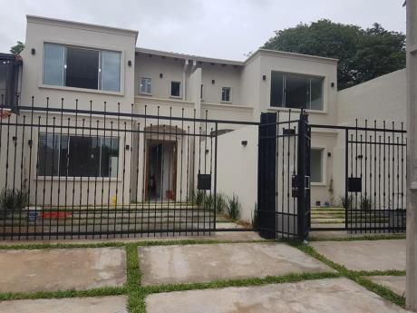 Vendo Duplex A Estrenar. Mburucuya, Minimalista, 3 Habitaciones En Suite