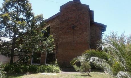 Casa En Venta En El Pinar 4 Dormitorios 2 Baños