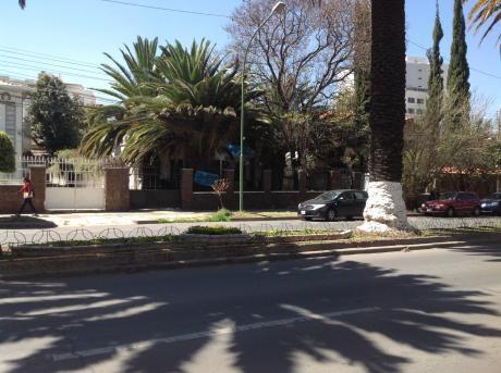En Venta Lote Sobre Av. Libertador Bolívar Zona Cala Cala