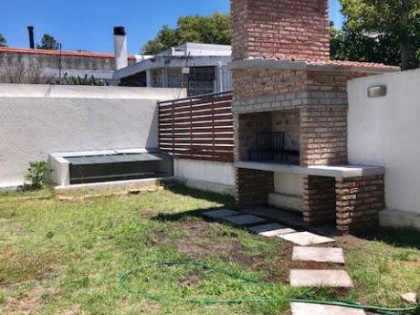 Venta Y Alquiler Apartamento Montevideo Malvin Garaje Parrillero