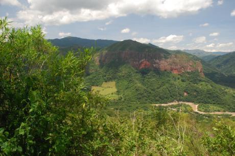 Propiedad En Bermejo, Zona Los Volcanes