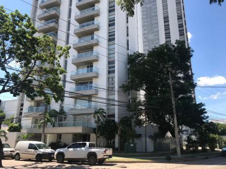Torre Suant Isuto Departamento De 2 Dormitorios