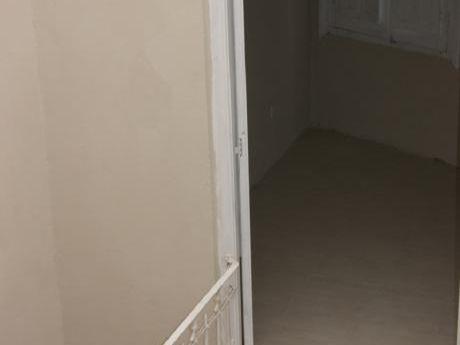 Apartamento De Dos Dormitorios, Reciclado A Nuevo.