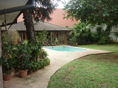 Amplia Residencia En Villa Morra