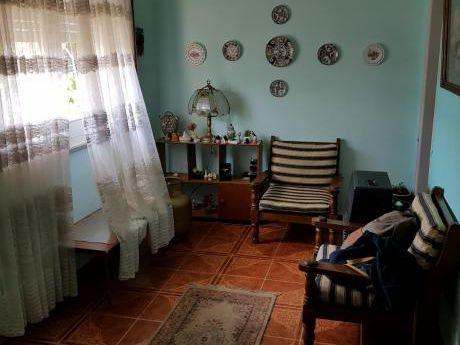 1929 Excelente Oportunidad Casa Dos Dormitorios En Cerrito