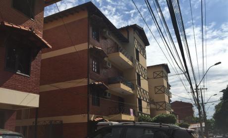 Amplio Departamento De 3 Dormitorios En Fernando Z. Sur