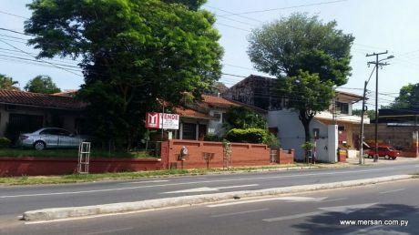 Propiedad 1.197 M2 De Terreno En Esquina S/ Avda. Gral. Santos (389)