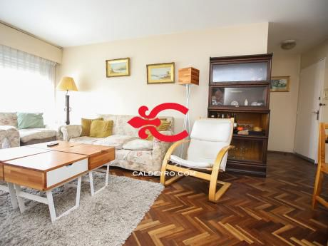 Apartamento En Pocitos. Ref: 6317