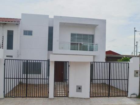 Casa En Venta A Estrenar En Zona Norte - Remanso III