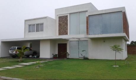 Casa En Venta En Urubo