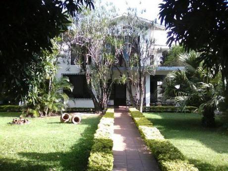 Vendo Bonita Casa Antigua En Amplio Lote De Terreno De 1030 Mts.2