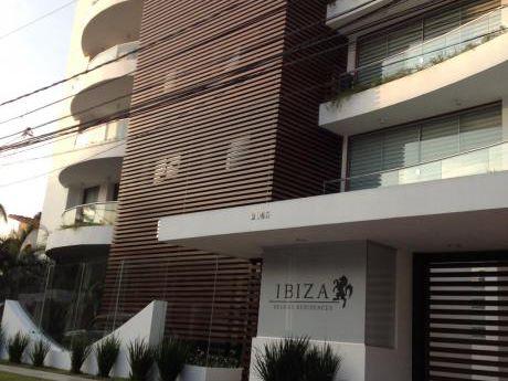 Departamento En Alquiler Av. Beni Entre 2do Y 3er Anillo Condominio Ibiza