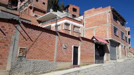 En Venta Bonita Casa  En La Zona De Achachicala