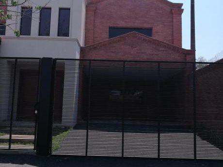 Vendo Residencia A Estrenar ( Bo.villa Aurelia)