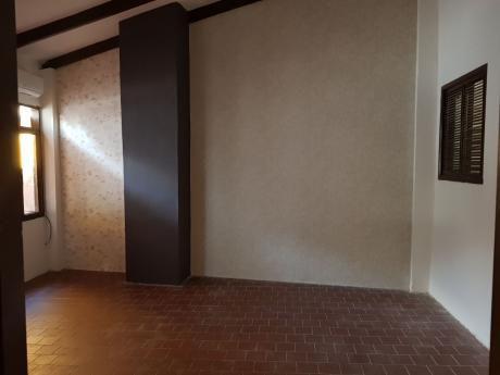 Inmobiliaria Ofrece: En Anticrético Casa  Zona Oeste Entre Busch Y Centenario
