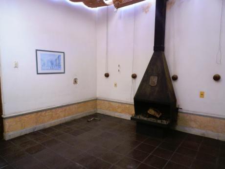 1900 Excelente Casa De Estilo Prox.al Parque Rodo