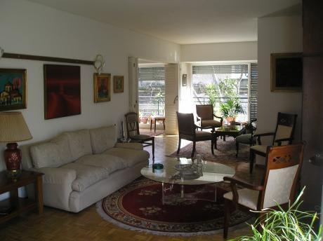 Apartamento De Categoría, 4 Dormitorios, 4 Baños, Calefacción Y Agua Central