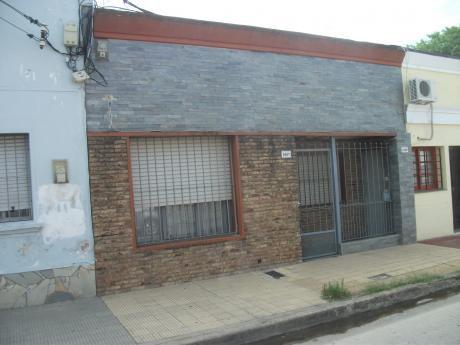 Casa En El Centro De Pando