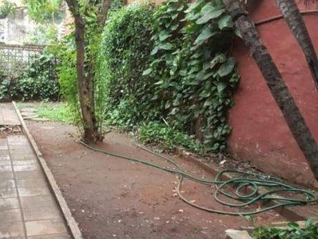 Se Vende Casa De 400 M2. En Asunción, Bernardino Caballero