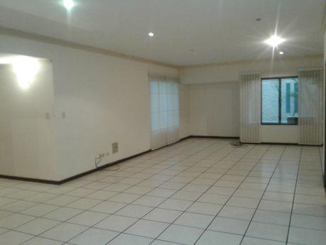 Lindo Departamento En Equipetrol De 5 Dormitorios Cerca Hotel Yotau