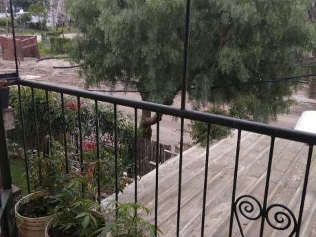 Casa Duplex A 3 Rbla.2 Dorm.est.leña.cochera.patio Parr.exc!