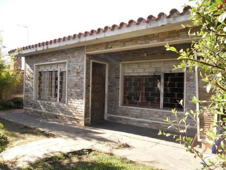 Casa 1 Planta , 3 Dorm., Fondo, Barbacoa, Cocheras, Oferta!