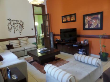 Casablanca -  Hermosa Casa Totalmente Reciclada