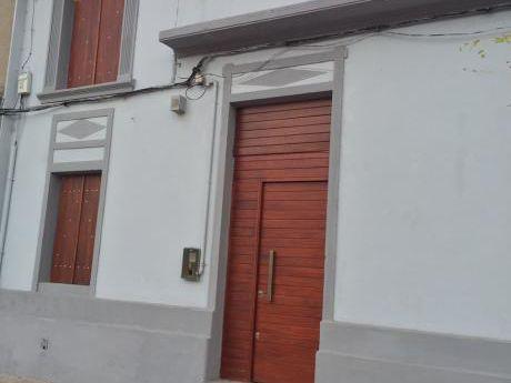 Oficina Sosa - Local Con Vivienda Alquilado En Brazo Oriental