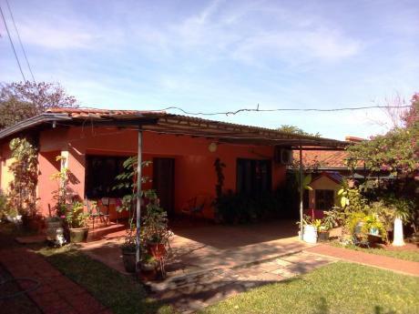 Vendo Casa En Fernando De La Mora - Zona Sur