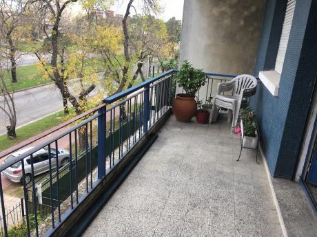 Venta Apartamento 2 Dormitorios Y Servicio
