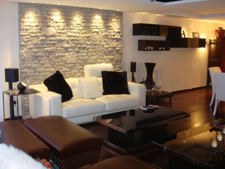Apartamento En Venta En Punta Carretas De 3 Dormitorios. Garaje Doble.