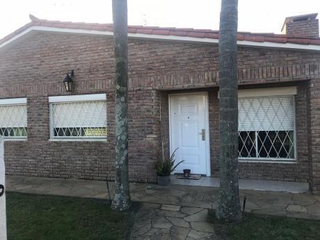 Excelente Casa En Parque Del Plata Norte