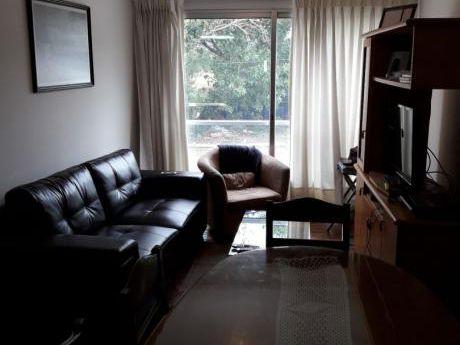 Apartamento Con Muy Lindo Entorno