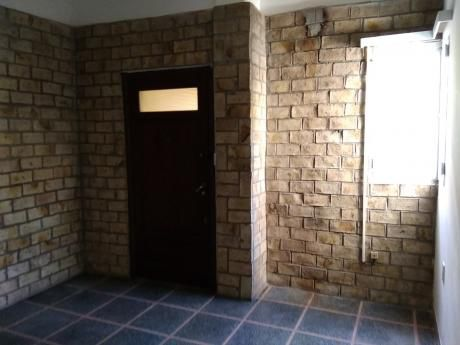Alquiler Apto. Pb. Malvin Al Fte 3 Dormitorios
