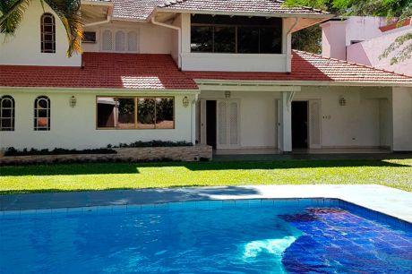 Alquilo Casa Barrio Manora