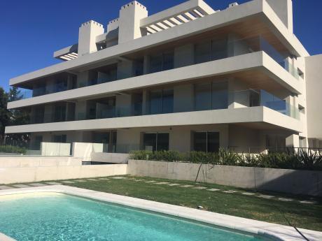 Apartamento En Venta Carrasco Penthouse