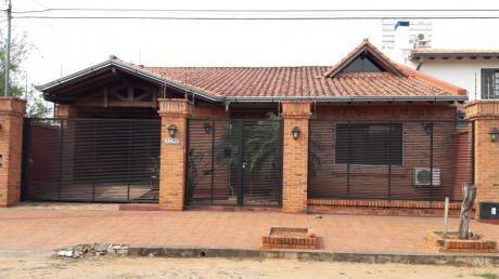 Vendo Casa. Fernando De La Mora, Zona Norte. Villa Olimpia