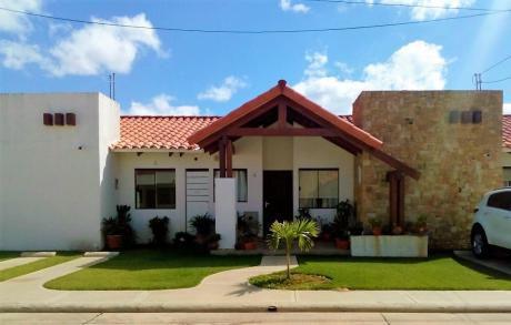 En Venta Linda Casa En Condominio La Fontana Family Club