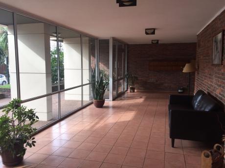 Venta De Apartamento Buceo 2 Dormitorios