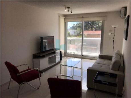 Oportunidad Apartamento En Venta Summer Tower De 2 Dormitorios. Equipado!  Roosevelt Punta Del Este. - Ref: 7311