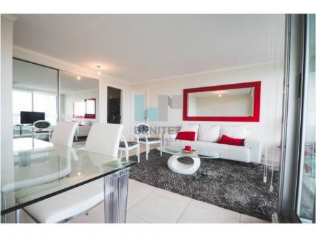 La Mejor Planta En Ocean Drive. Excelente Apartamento De 2 Dormitorios En Venta. Punta Del Este - Ref: 7364