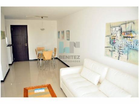 Apartamento En Venta De 1 Dormitorio En Aidy Grill, Playa Brava.  Punta Del Este